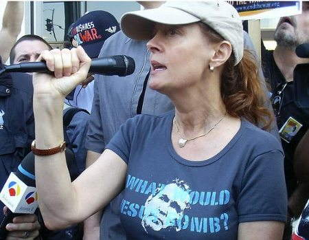 Susan Sarandon. Anti-war rally. Hollywood. March 2003