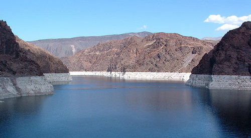 Lake Mead bathtub ring